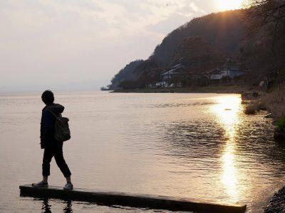 【長浜ローカルフォトアカデミー】山内香奈 穏やかな水面をはしる光と、広く染まる空。帰省した妹が「湖岸に行きたい!」とよく言います。