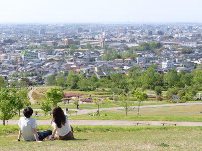 【金沢写真部FOCUS】T's(鶴見哲也) 金沢の景色を一望できる大乗寺丘陵公園。車でアクセスしやすく、デートに最適のスポットです。